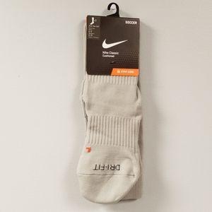 Nike Classic Cushioned Soccer Socks-Size Medium